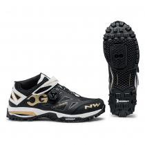 Zapatillas ciclismo ENDURO MID Negro-Blanco-Dorado MTB-AM NORTHWAVE